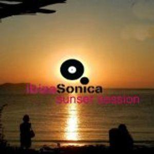 Jose Padilla / Ibiza Sonica Sunset Session @ Kumharas Part II / 13.06.2012 / Ibiza Sonica