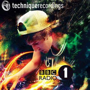 Erb N Dub (RAM Records, Technique Recording) @ DNB60 - Friction Radio Show, BBC Radio 1 (30.05.2017)
