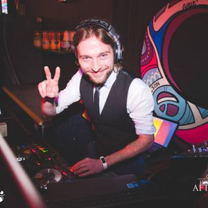 DJ Petrica - Live mix Red Corner Brussels