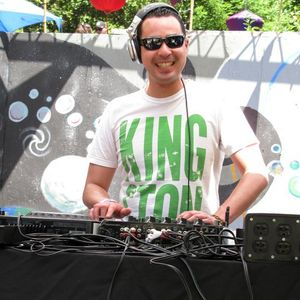 Dj Seek & Ivan Ruiz - Live on Tribal Tech Git-Down (May 4 2011)