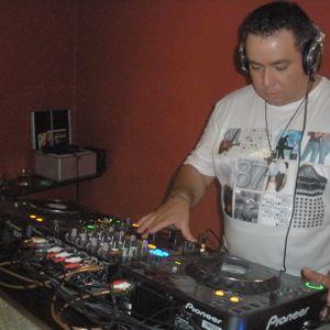 Mix Radio Show 1 hora 27-04-12 Unmixed Sessions com Dj Carlos Cunha