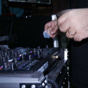 Rodrigo Torres - Set 06-04-2012 (House / Prog-House / Tech-House)