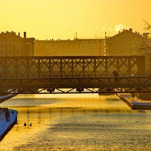 """omarmh@Paris, Francia """"Rotonde de la Villette PARK"""".out of the idiocrazy flayer´s sistem partyes.."""