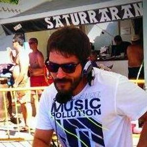 Phil Flux @ Saturraran Beach Party Opening 2013
