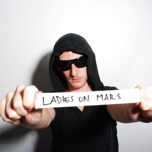 LADIES ON MARS - PROMOSET 11062011 (the hits session vol.1)
