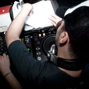 Seebb - February-March Progressive & Tech Trance Mix (29/03/2011)