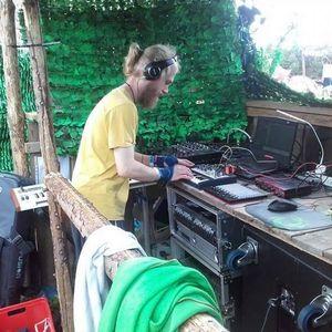We Are Not Alone Open Air 2017 Sunskrape DJset ca. 141Bpm 3h