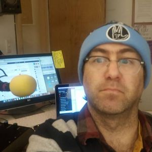 Meataphysical Biscuit Dec 19th Jules Solo Holiday Alternatives on 96.9 FM KMRD Madrid New Mexico
