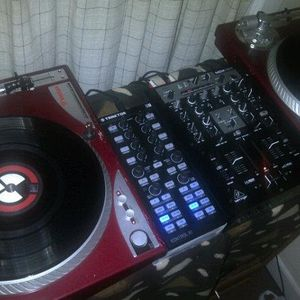 hooked my Kontrol x1  practice time....R & B and Hip Hop