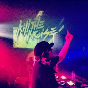Kill the Noise (Slow Roast, Owsla Records) @ SW4 Afterparty, Village Underground London (25.08.2012)