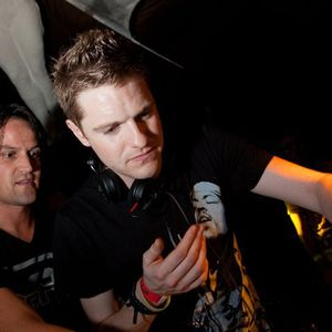 Chris Craig - Infexious Hardstyle Mix, March Promo (17-03-2011)