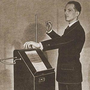 Le Gant de Toilette du 10/12/13 - Artefacts musicaux estampillés 1930's