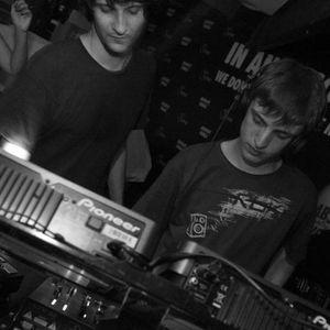 Mix Live @ Ibiza Sonica Radio 2012 (with Praslea) - Raresh