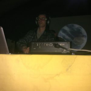 Dave S.-This is real oldschool hard techno from a hardtechno nerd