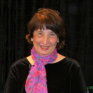 Marilou Trask-Curtin-Author-Screenwriter-Playwright-Book  Dreaming of the Dead- Sun April 06-04-2014
