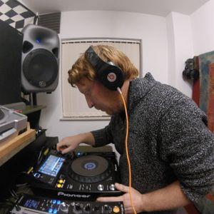 DJ KRISP - RECORDED LIVE ON LOST IN THE DARK RADIO - 4TH NOVEMBER 2017