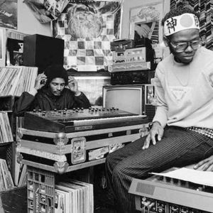 Plateform (08.11.18) w/ DJ P. & Raistlin