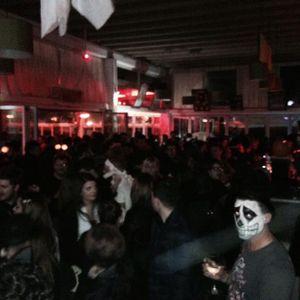 Halloween Dj Set Max V. @ La Rotonda Giardini (Viadana Mn) parte iniziale