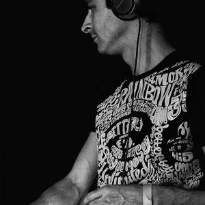 Olivier Gomez @ La Péniche Cancale 2013-12-06