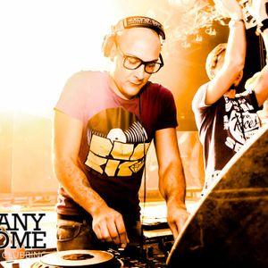 DJ EMANUELE BRUNO aka DR.SOUND @ MANYCOME (QUBE - ROME) 10 NOV 012 (PART 1)