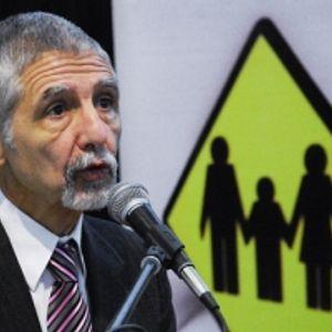Dr. Alberto Silveira Presidente de Luchemos por la Vida en La otra agenda con Carlos Clerici