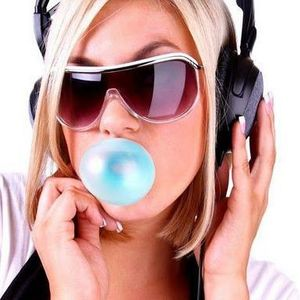 Ady in tha' mix - Romanian music (28.04.2012)