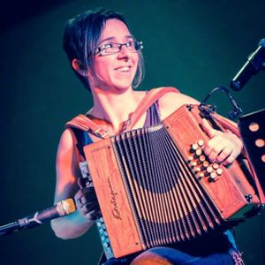 En Ondas de Domenja Lekuona setmana 45 Sandrina Claverie Escòlas de musica Clarina e de La Seuva