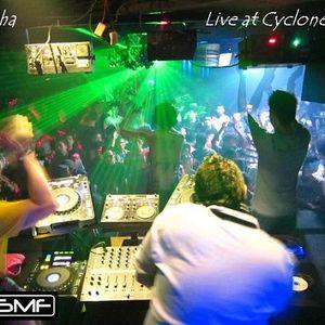 DJ Echa  - Live at Cyclone Club Bali