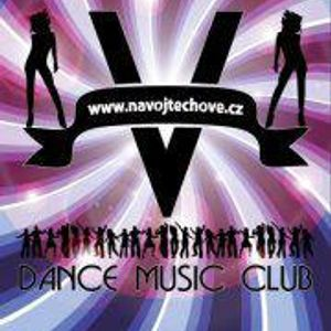 DeeJay Reacorst-Live MiX on Dance Music Club Vojtěchov (Training DJ´s)