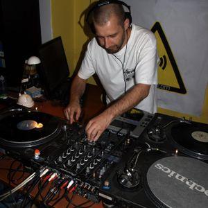 Rol& @ dnbnoise radio 2011-10-05