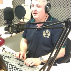 Smooth Beats with Simon Blake - 23 February 2015