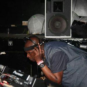 UK=HOUSE MUSIC DJ ROB BLAKE SUPPORTS=DJS & PRODUCERS