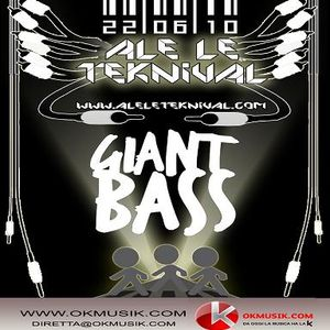 GIANT BASS @ RADIO OK MUSIK