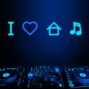DJ Bicskei - House Mix!