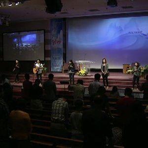 2013/08/04 HolyWave Praise Worship
