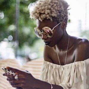 Sol Brown Feat. Sacha Williamson - Sumthin' Good