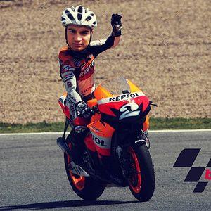 Sesión en directo en Jerez durante el sábado del GP de motociclismo.