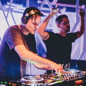 DJ Mau Mau & Renato Cohen - Dança Frenética Nas Ruas