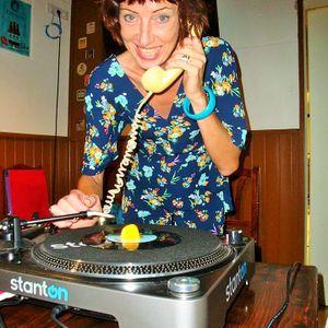 'MARTINA GIESE aka DJ COCO GIRL' meets 'MUSICAL FEVER' **LIVE** on www.back2backfm.net 25/3/18