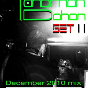 Yonathan Dahan Set 11 end 2010 Dec. mix (a tribute to bar25 mix)