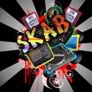 Skab Elektro mix // april 2011