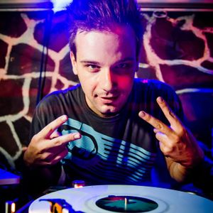 Deejay Fett - !LiveMix Party Podcast #7 (Wednesday's Ladies' Night - Summer Edition) (July 2012)