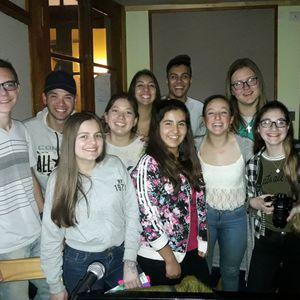 Los Adolescentes Son...  Programa N°16 hecho por los alumnos de la escuela de comercio