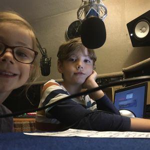 The Fin & Izzy Show on KMF Radio. Show 3 (06/08/2016)