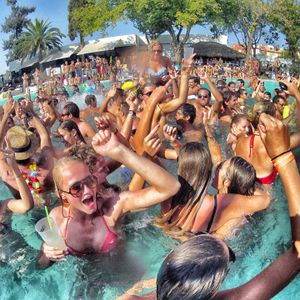 POOL PARTY 2014