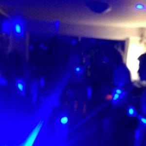 Kevins Wohnzimmer-Rave