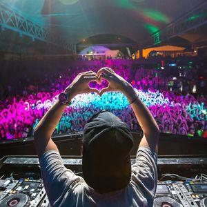 DJ LEE ROBERTS (DJ CODE) AUGUST SUMMER MIX