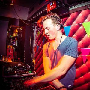 Dancetour DJ Clash 2015 - Qunzie