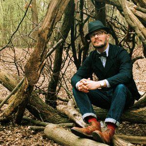 JUSTIN ROBERTSON-SNAKECHARMER-DJ MIX DEC 2010