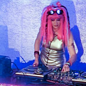 C89.5FM Drive @ 5 mixshow 2012-11-26